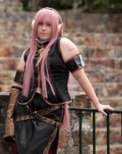 luka vocaloid cosplay
