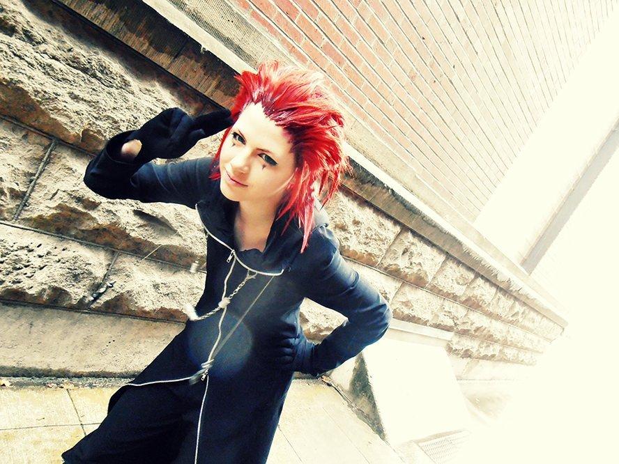 axel-kingdom-hearts-2-cosplay-wig-2