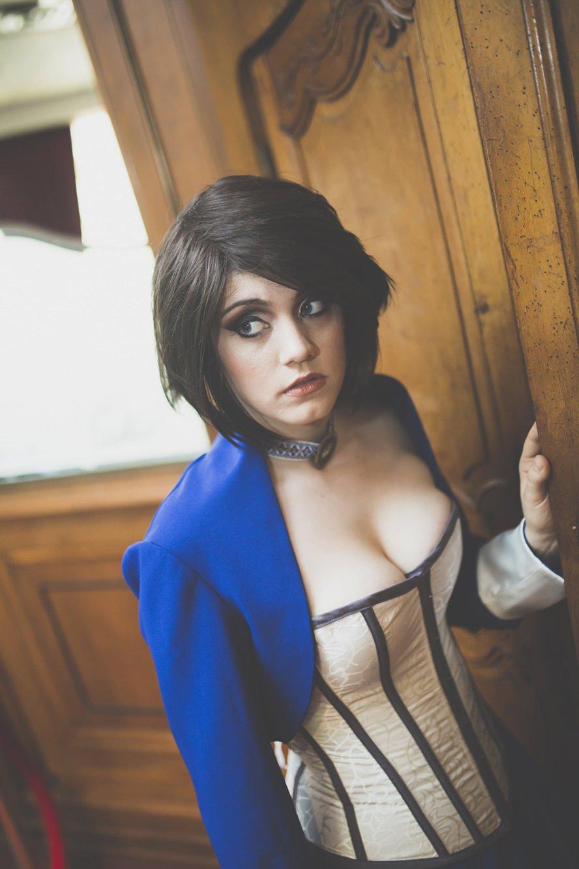 elizabeth-comstock-bioshock-infinite-cosplay-wig-3