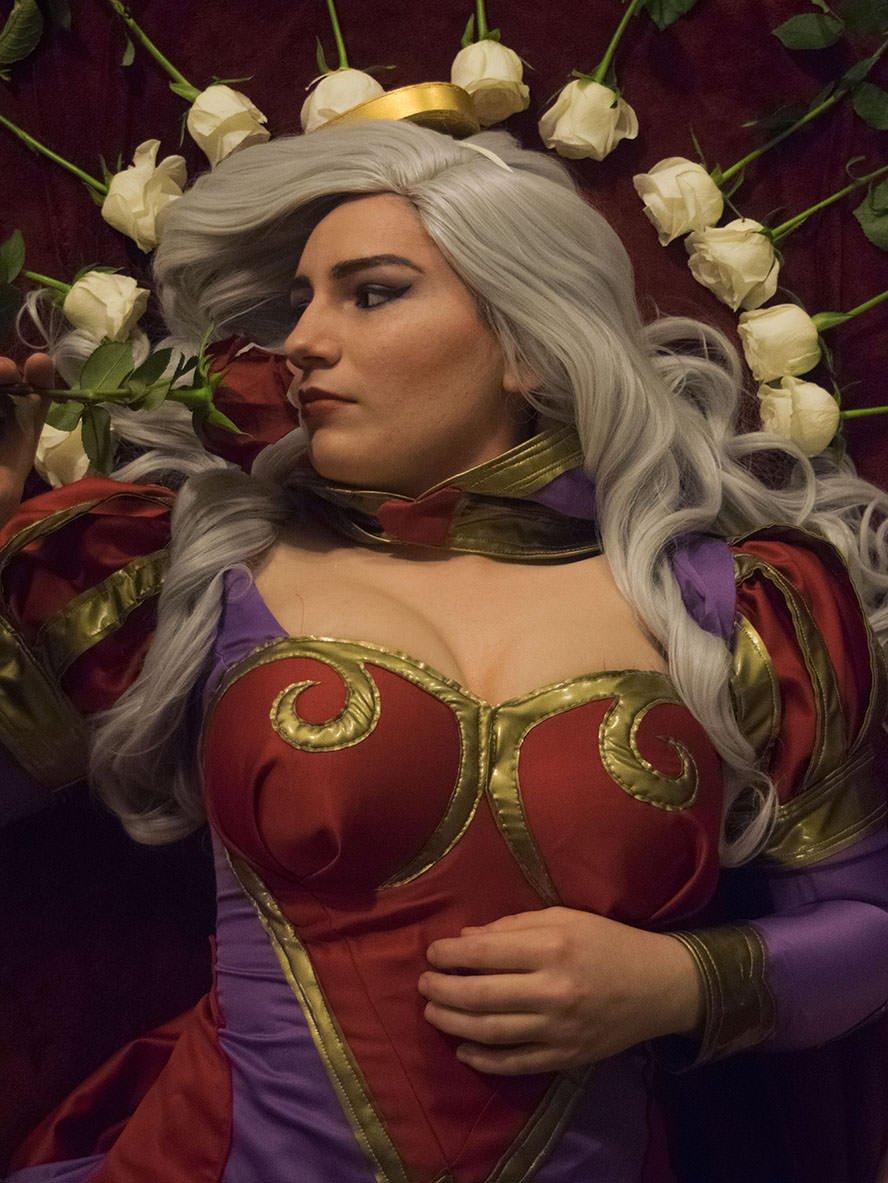 HeartSeeker-Ashe-League-of-Legends-cosplay-4