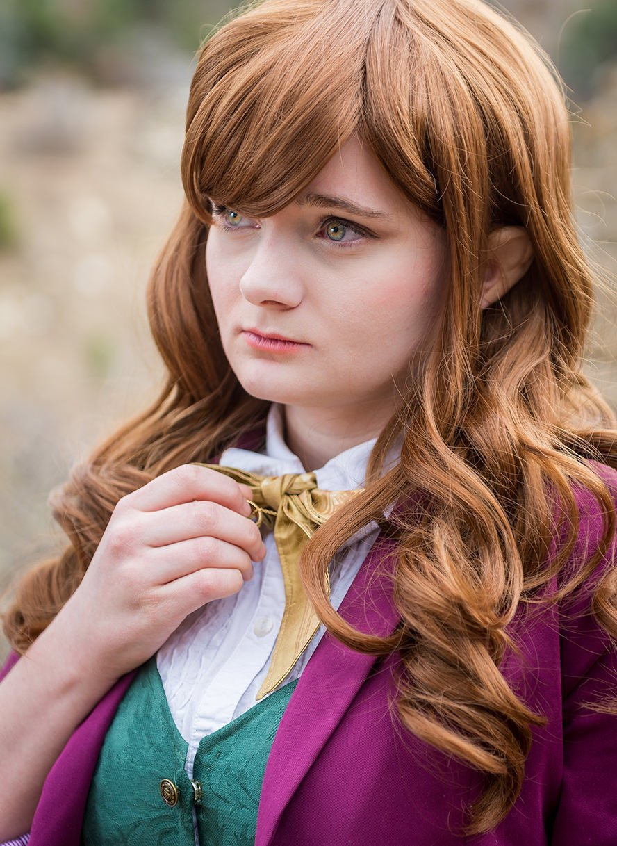 bilbo-baggins-hobbit-genderbent-cosplay-1