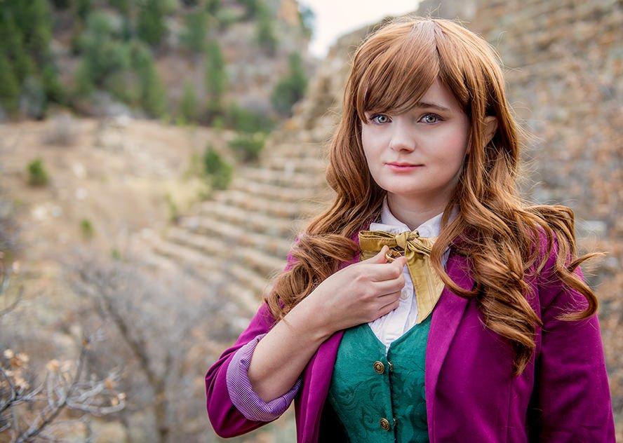 bilbo-baggins-hobbit-genderbent-cosplay-2