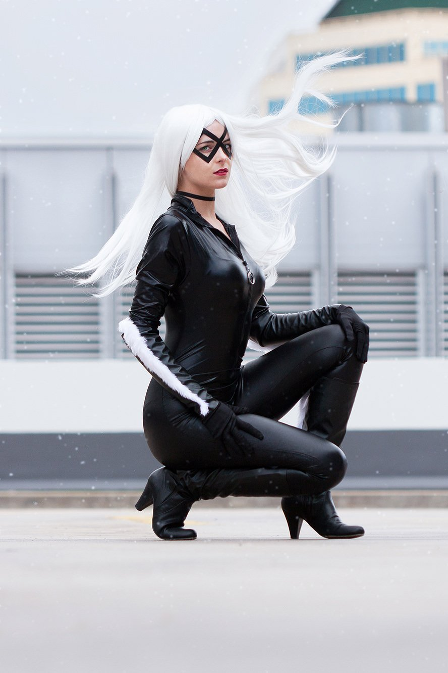 black-cat-marvel-cosplay