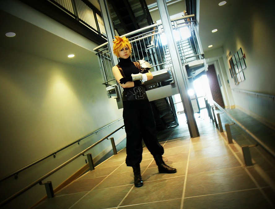 cloud-strife-final-fantasy-vii-cosplay-5