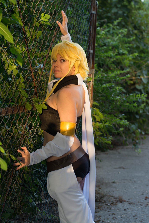 leone-akame-ga-kill-cosplay-5