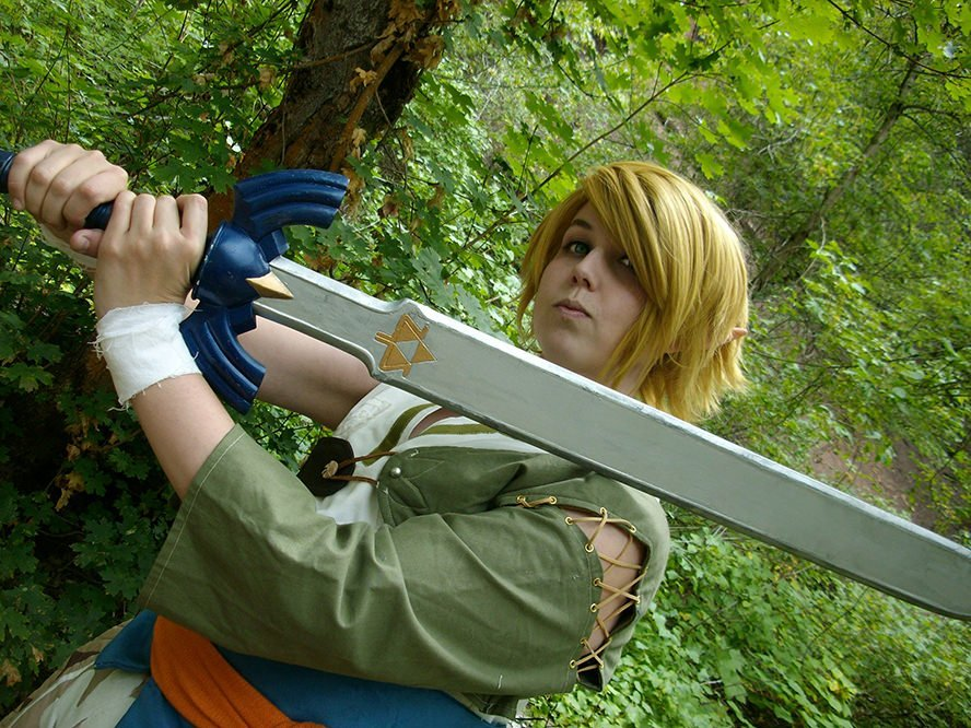 link-legend-of-zelda-twilight-cosplay