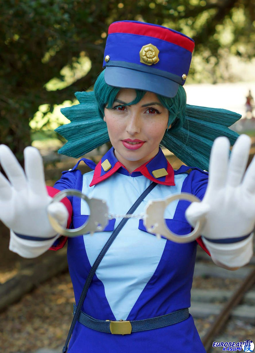 officer-jenny-pokemon-cosplay-3
