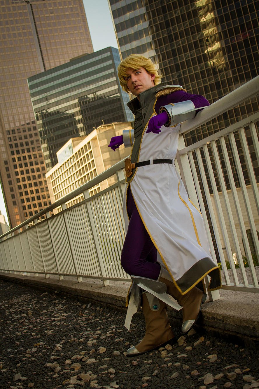 sky-high-tiger-and-bunny-cosplay-2